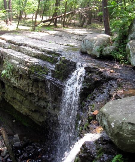 ringing rocks water fall 1